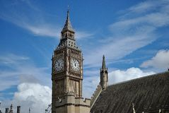 Duży zakaz blisko chmury Obrazy Royalty Free