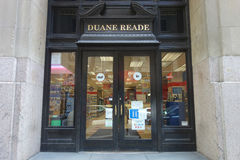 Duane Reade. A Duane Reade store in Midtown Manhattan, A subsidiary of Walgreen Company, Duane Reade is a chain of pharmacy and convenience stores Stock Photo