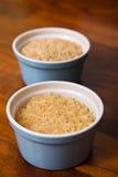 Duas bacias de arroz cru Fotografia de Stock