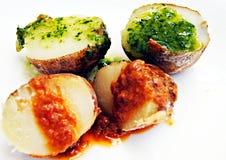 Duas batatas dos molhos Fotografia de Stock Royalty Free