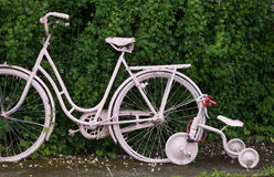 Duas bicicletas Imagens de Stock Royalty Free