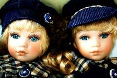 Duas bonecas do bebê Fotos de Stock