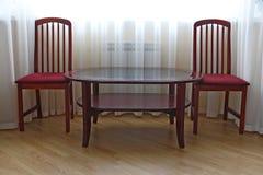 Duas cadeiras e tabelas Foto de Stock Royalty Free