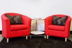Duas cadeiras vermelhas Foto de Stock Royalty Free