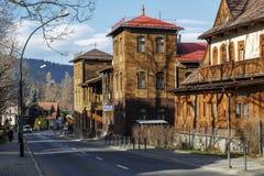 Duas casas de campo gêmeas em Zakopane fotos de stock