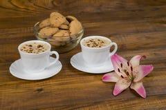 Duas chávenas de café Fotos de Stock Royalty Free