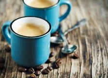 Duas chávenas de café espresso fotografia de stock royalty free