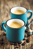 Duas chávenas de café espresso imagem de stock
