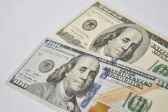 Duas contas de cem-dólar Fotografia de Stock Royalty Free