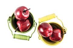 Duas cubetas com maçãs vermelhas Imagem de Stock Royalty Free