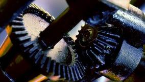 Duas engrenagens velhas que gerenciem no mecanismo video estoque