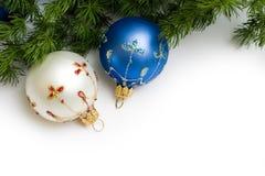 Duas esferas do Natal Fotos de Stock Royalty Free