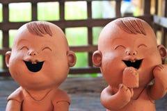Duas estatuetas do menino engra?ado Fotos de Stock Royalty Free