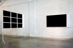 Duas grandes bandeiras na exposição Fotos de Stock
