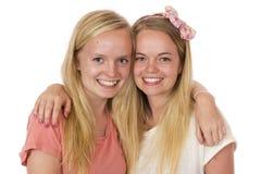 Duas irmãs próximas Foto de Stock Royalty Free