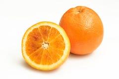 Duas laranjas sobre o fundo branco Imagem de Stock