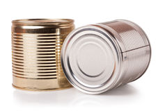 Duas latas isoladas no fundo branco imagens de stock royalty free