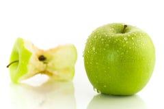 Duas maçãs imagem de stock royalty free