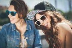 Duas meninas bonitas e da sensualidade Imagem de Stock