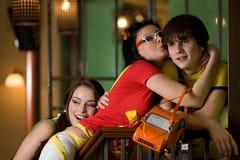 Duas meninas e um menino Foto de Stock
