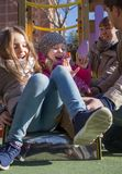 Duas meninas no campo de jogos Fotos de Stock Royalty Free