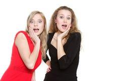 Duas meninas surpreendidas imagens de stock royalty free
