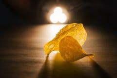 Duas microplaquetas contra a luz Imagem de Stock Royalty Free