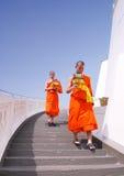 Duas monges budistas Fotos de Stock