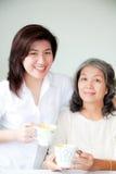 Duas mulheres asiáticas Imagem de Stock