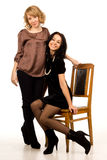 Duas mulheres bonitas de riso Fotografia de Stock
