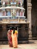 Duas mulheres hindu que praying Fotografia de Stock Royalty Free