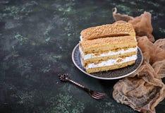 Duas partes de bolo caseiro doce Imagem de Stock Royalty Free