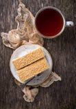 Duas partes de bolo caseiro doce Fotos de Stock