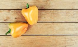 Duas pimentas de sino Fotos de Stock Royalty Free