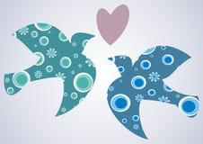 Duas pombas e um coração Ilustração Stock