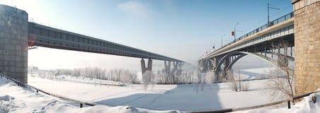Duas pontes através do rio Fotografia de Stock Royalty Free
