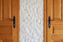 Duas portas de madeira novas Fotografia de Stock