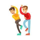 Duas posições da luta do punho dos meninos, intimidação agressiva na parte superior vermelha da luva longa que luta uma outra cri Foto de Stock