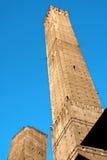 Duas torres da Bolonha fotografia de stock