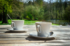 Duas xícaras de café fotos de stock