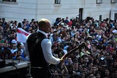 Dub Pistols utför direkt på etappen royaltyfri bild