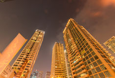 Dubaï - 9 août 2014 : Secteur de marina de Dubaï dessus Image stock