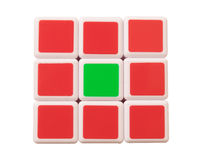 Dubaï, EAU 16 mai 2016 : Le cube de Rubik sur un fond blanc Photos stock