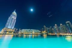 Dubaï - 10 janvier 2015 : L'hôtel d'adresse dessus images libres de droits