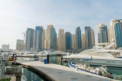 Dubaï - 10 janvier 2015 : Secteur de marina dessus Photographie stock