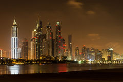 Dubaï la nuit, Emirats Arabes Unis Image stock