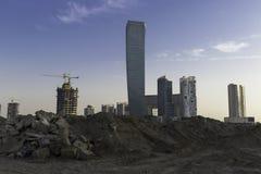 Dubai affärsfjärd under konstruktion Arkivbilder