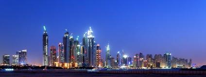 Dubai-Antennen-Skyline lizenzfreies stockbild