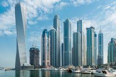 Dubai - 9. August 2014: Dubai-Jachthafenbezirk Stockfoto