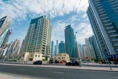 Dubai - 9. August 2014: Dubai-Jachthafenbezirk Lizenzfreies Stockbild
